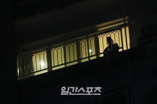 Biết được việc làm cuối cùng trước khi qua đời của Jonghyun, người hâm mộ lại thêm xót xa