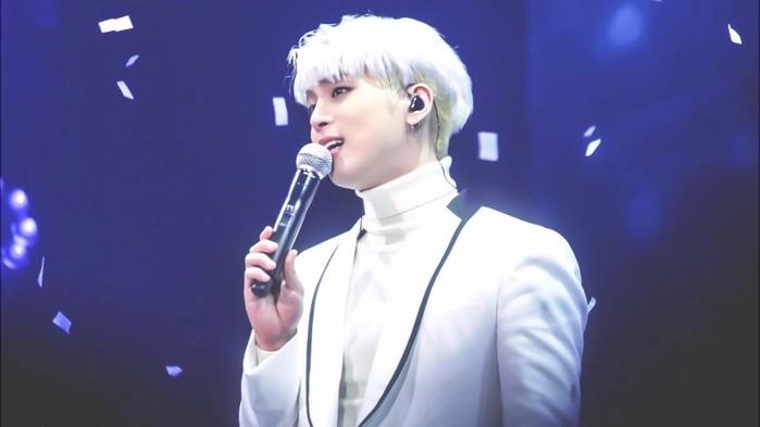 Người hâm mộ Jonghyun đang rất hy vọng ca khúc cuối cùng của anh chàng sẽ được phát hành để truyền đi thông điệp ý nghĩa của nó.