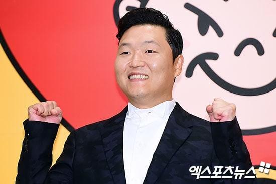 Dù còn 1 năm nữa hợp đồng của PSY mới kết thúc nhưng thông tin anh chàng rời khỏi YG đã khiến người hâm mộ vô cùng lo lắng.