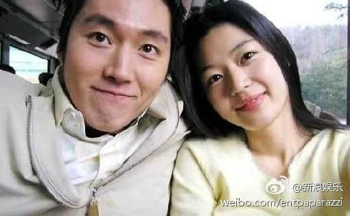 Hình ảnh hiếm hoi của vợ chồng Jun Ji Hyun.