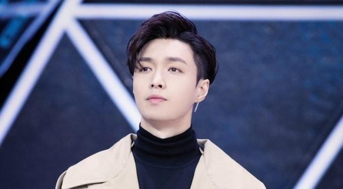 Trương Nghệ Hưng nổi bật với vị trí nhà đại diện trong Idol Producer.