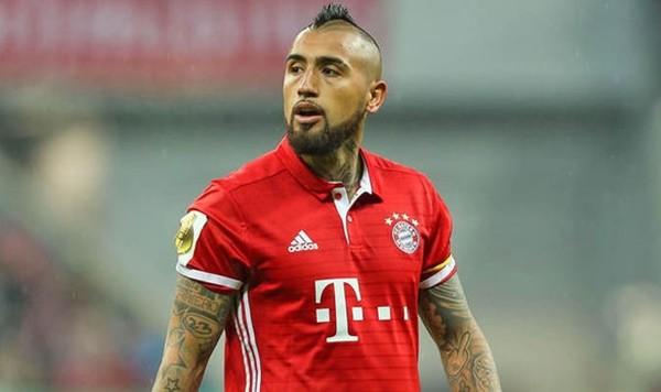 Vidal đến Man United?