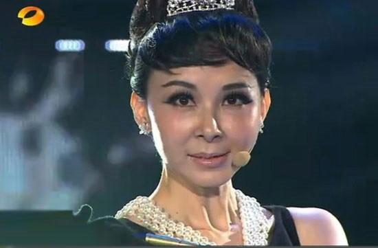 Hành trình lột xác nhan sắc của dàn sao Trung - Hàn: Người đẹp tự nhiên, kẻ biến dạng vì dao kéo