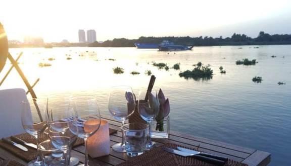 Những địa điểm hẹn hò sang chảnh, lãng mạn cho các cặp đôi vào đêm Valentine ở Sài Gòn