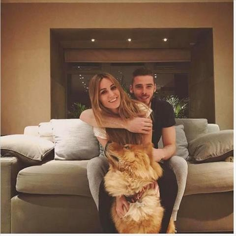 Không chỉ được cưng chiều, chú cún Matxo củaDe Gea thường xuyên xuất hiện trên trang cá nhân của thủ thành đang khoác áo Manchester United.