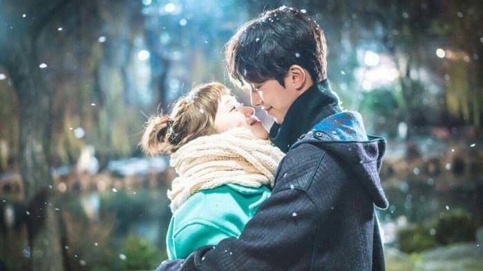 """Vai diễn Jung Joon Hyun trong phimTiên Nữ Cử Tạ đã đưa anh chàng vào danh sách """"người tình trong mơ"""" của hàng nghìn cô gái."""