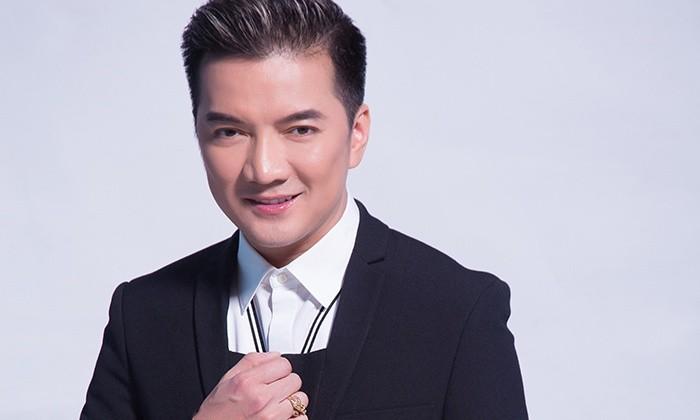 Yan - Dàm Vinh Hungco so thich ki la: nguiao nguoi yeu truoc khi ngu va ngay to.