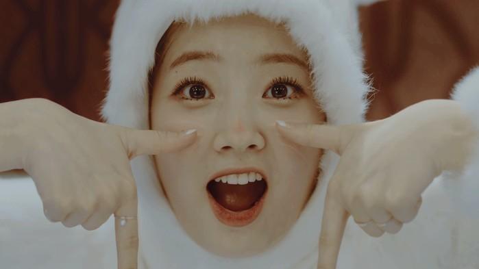 Gương mặt với muôn vàn biểu cảm có một không haicủa Dahyun cũng khiến các fan đứng ngồi không yên.