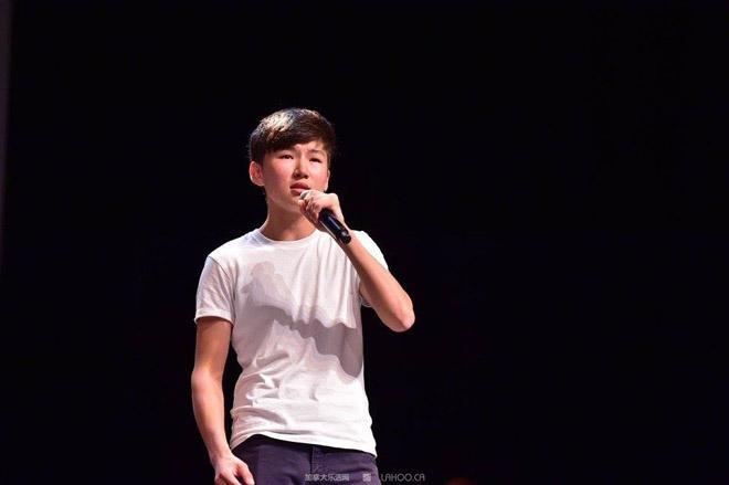 Yan - Sự thayđổi lớn về ngoại hình cũng như chất giọng khiến công chúng bất ngờ.
