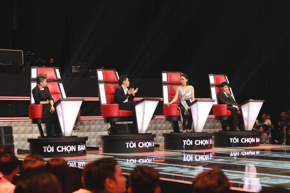 Noo Phước Thịnh và Tóc Tiên tranh cãi dữ dội vì thí sinh hát hit khủng của diva Thu Minh