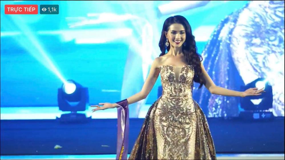 Phan Thị Mơ xuất sắc đăng quang ngôi vị Hoa hậu đại sứ du lịch thế giới 2018