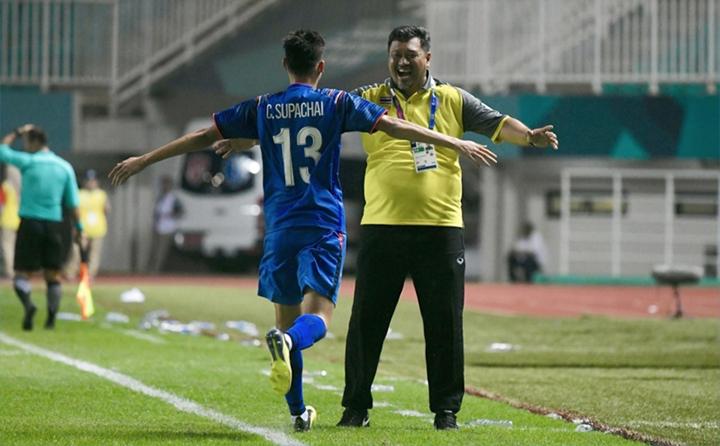 Mặc dù không thể vượt qua vòng bảng nhưng Thái Lan cũng đã để lại nhiều ấn tượng, đặc biệt là siêu dự bị Supachai. Ở trận ra quân gặp Qatar, tiền đạo này đã có được bàn thắng gỡ hòa ngay sau khi vào sân trong hiệp 2 và giúp độinhà có được một điểm quý giá. Trong trận thứ hai gặp Bangladesh, Supachai vào sân ở phút 55 và cũng đã nổ súng chỉ sau đó 25 phút.