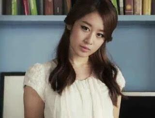 Jiyeon vẫn rất xinh đẹp và chẳng thay đổi gì mấy so với nhiều năm về trước.