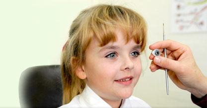 Mọi thứ được làm như thế nào: Nổi da gà với cách tạo ra các con mắt nhân tạo, biết cử động như thật!