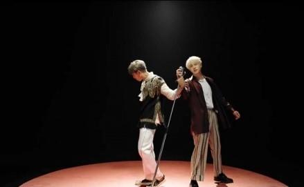 """Thật bất ngờ, MV mới của BTS bị """"bóc phốt"""" vay mượn ý tưởng của Chạy Ngay Đi - Sơn Tùng M-TP?"""