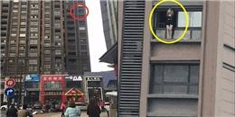 Chênh vênh lan can tầng 10, cô gái trẻ muốn nổi tiếng bằng cách 'dị'