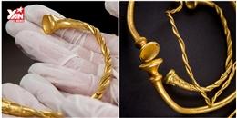 Phát hiện bộ vòng vàng giá 4 tỉ đồng, cổ nhất nước Anh