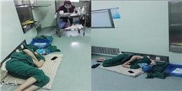 Xúc động hình ảnh bác sĩ ngủ trên sàn sau 28 tiếng làm việc kiệt sức