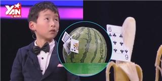 Thần bái nhí 8 tuổi phi bài cắt trái cây dễ hơn ăn kẹo gây sốt