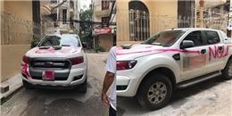 """Dân mạng tranh luận không ngớt chiếc xe ô tô bị xịt sơn đỏ chữ """"ngu"""""""