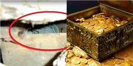 Tường nhà nứt toác vì xuống cấp, bất ngờ lộ ra hòm tiền vàng