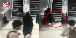 Chạy nhảy trên thang máy, cậu bé 9 tuổi bị thang cuốn xuýt chết