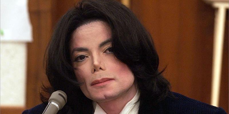Lộ thư cầu cứu của Michael Jackson nghi ngờ có người ám hại mình
