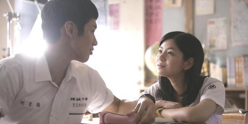 9 dấu hiệu cho thấy chàng rất thích bạn nhưng không dám nói ra