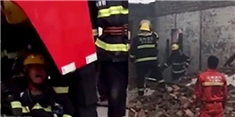 Không thể cứu vợ khỏi đám cháy, người lính cứu hỏa bật khóc thảm thiết