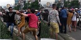 Quá xấu hổ vì hai thanh niên cao to đánh phụ nữ khi va chạm giao thông