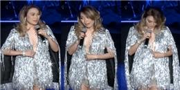Mỹ Tâm cởi áo trước hàng ngàn khán giả để giúp fan nam thêm tự tin