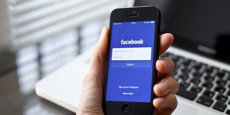 Mẹo hay giúp lướt facebook cả ngày mà không sợ tốn pin điện thoại