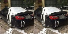 Hà Nội: Xe hơi bị tạt đầy sơn trắng trên nóc xe