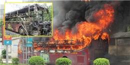 Xe giường nằm của Sài Gòn bốc cháy dữ dội tại Nghệ An