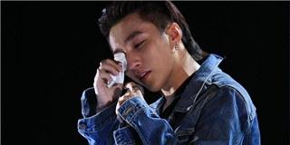Bị fan  bắt nạt , Sơn Tùng M-TP bật khóc nghẹn ngào trên sân khấu