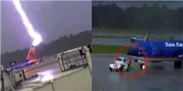 Tia sét khổng lồ đánh trúng máy bay, nhân viên phi trường bị giật ngã