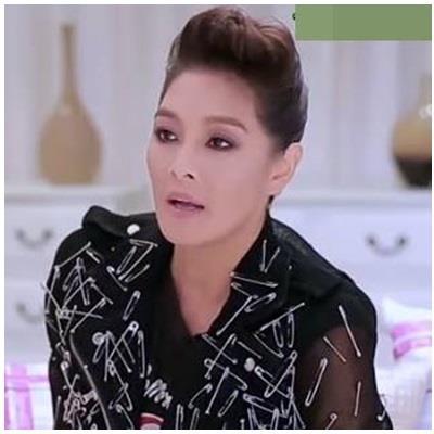 HLV The Face Thái cũng mê đắm mốt kim băng của Hoàng Thùy