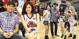 Á hậu Tú Anh đeo đồng hồ đôi, đi xem bóng rổ cùng em chồng Tăng Thanh Hà