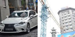 Sài Gòn: Cần cẩu đập trúng ngân hàng, 2 xế hộp hạng sang gần 10 tỷ hư hỏng nặng