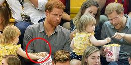Câu chuyện ít người biết đằng sau clip 'gây sốt': cô bé 'ăn trộm' bỏng ngô của Hoàng tử Harry