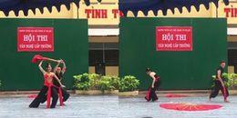 Học sinh đem màn múa 'Lạc trôi' để tặng Thầy Cô nhân ngày 20/11