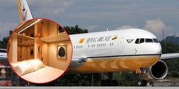 Cận cảnh chuyên cơ 'Lâu đài bay' dát vàng trị giá 170 triệu bảng Anh của Quốc vương Brunei