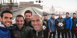 Kaka selfie cực chất với sự góp mặt của những nhà vô địch World Cup