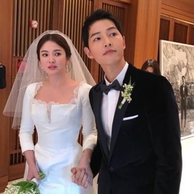 Gia đình Song Joong Ki: Tên tuổi Song Hye Kyo thật sự là một huyền thoại