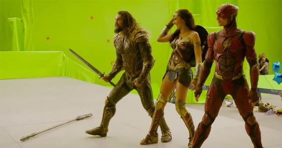 Hoành tráng trên màn ảnh nhưng ít ai ngờ hậu trường Justice League lại vui nhộn thế này