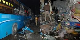 Tiền Giang: Va chạm giữa xe giường nằm và 2 xe tải, 13 người thương vong