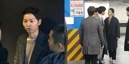 'Trốn' bà xã Song Hye Kyo, Song Joong Ki hẹn hò cùng 'người lạ'