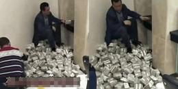 Người đàn ông mang bao tải hơn 3 tỷ toàn... tiền lẻ đến gửi tiết kiệm, nhân viên đếm méo cả mồm