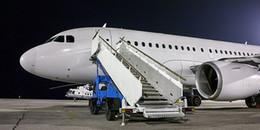 Đi máy bay suốt, nhưng bạn có biết tại sao cửa ra và vào lại nằm ở bên trái?