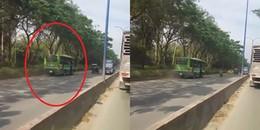 TP.HCM: Xôn xao đoạn clip xe buýt ngang nhiên đi ngược chiều trên đường phố
